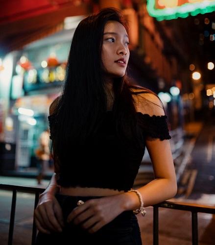 Singapore escort girl